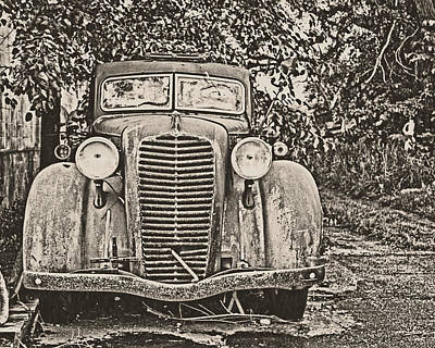 Rusted Cars Photograph - Diamond T by Emily Kay