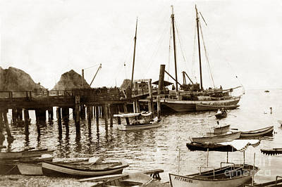 Photograph - skow Brothers Glass Bottom Boat s Avalon Bay circa 1903 by California Views Mr Pat Hathaway Archives