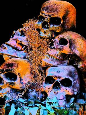 Photograph - Skulls by Annie Zeno