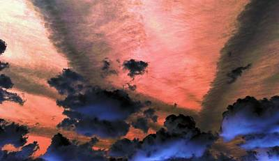 Photograph - Red Sky On The Rise by Richard Yates