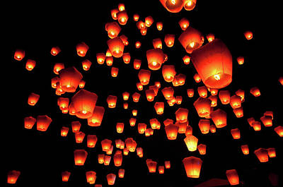 Large Group Of Objects Photograph - Sky Lanterns In Pinghsi by Jun
