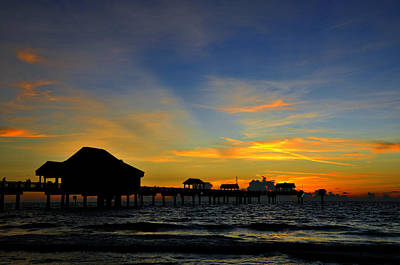 Photograph - Pier Scape by David Lee Thompson