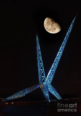 Photograph - Skydance With The Moon In Blue by Richard Smith