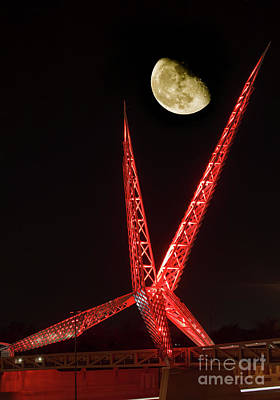 Photograph - Skydance With The Moon In Red by Richard Smith