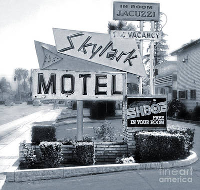 Photograph - Skylark Motel Vintage Sign In Black And White by Gregory Dyer
