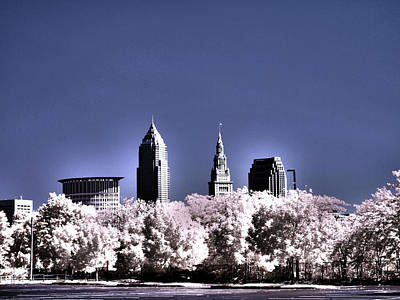 Skyline Cleveland, Ohio Art Print by Bob LaForce