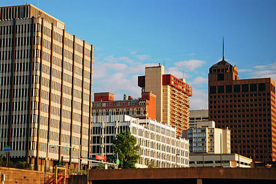 Photograph - Skyline Of Memphis Tennessee by James Kirkikis