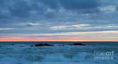 Photograph - Sliver Of Pink At Moonstone Beach by Sharon Foelz