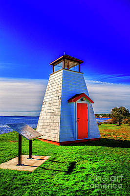 Photograph - Small Lighthouse by Rick Bragan