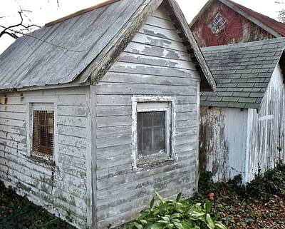 Photograph - Small Sheds In Milton Delaware by Kim Bemis