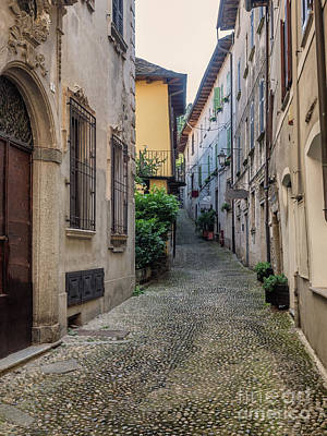 Small Streets In Orta San Giulio, Italy Print by Frank Bach