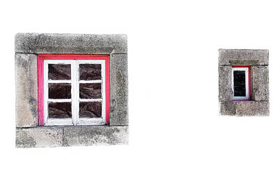 Photograph - Small Window by Edgar Laureano