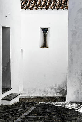 Photograph - Small Window In White Wall by Edgar Laureano