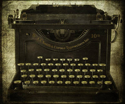 Antique Typewriter Photograph - Smith And Corona Typewriter by Cindi Ressler