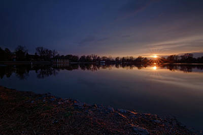 Photograph - Smith Lake Sunset by Richard Keer