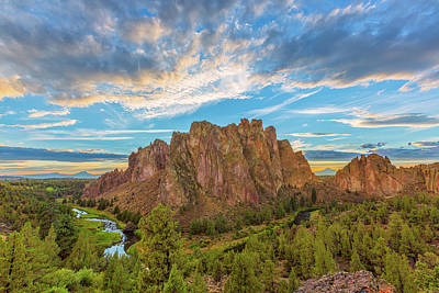Redmond Photograph - Smith Rock by Patricia Davidson
