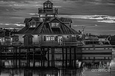 Photograph - Smithfield Lighthouse At Night 5860t_bw by Doug Berry