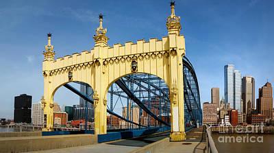 River Photograph - Smithfield Street Bridge Pittsburgh Pennsylvania by Amy Cicconi