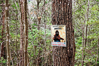 Photograph - Smokey The Bear Sign by Paul Mashburn