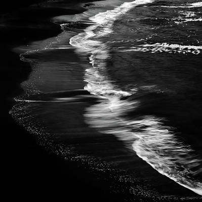 Smooth Waves Print by Stelios Kleanthous