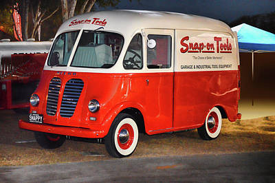 Photograph - Snap-on Tools Truck by Bill Dutting