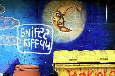 Snif Kiff Art Print by John Rizzuto
