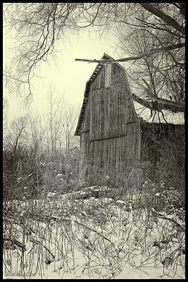 Barn Photograph - Snow Covered Barn Black And White by LeeAnn McLaneGoetz McLaneGoetzStudioLLCcom