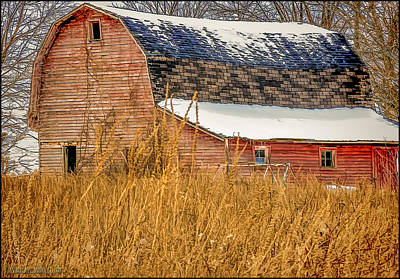Photograph - Snow Covered Red Barn by LeeAnn McLaneGoetz McLaneGoetzStudioLLCcom