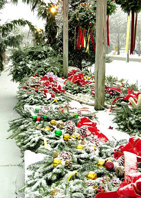Photograph - Snow Covered Wreaths by Janice Drew