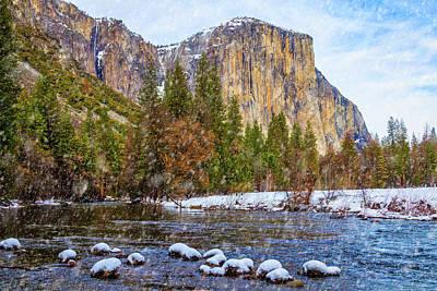 Snow Fall Yosemite Valley Art Print