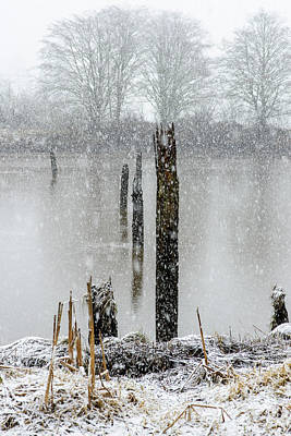 Photograph - Snow On The Estuary by Robert Potts