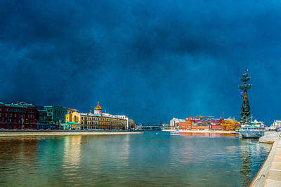 Sculpure Photograph - Snow Showers Over Moscow by Alexander Senin
