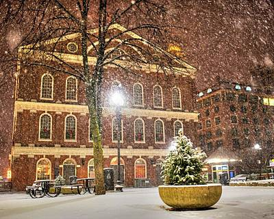 Photograph - Snow Storm In Faneuil Hall Quincy Market Boston Ma by Toby McGuire