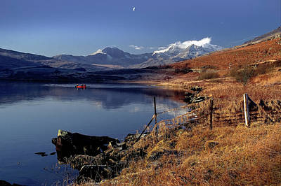 Llynnau Mymbyr Photograph - Snowdon And The Twin Lakes by Peter OReilly