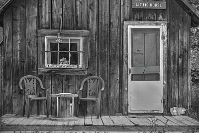 Photograph - Snowshoe Little House by Richard J Cassato