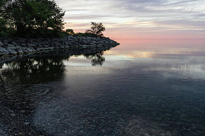 Photograph - Soft Pinks And Purples - Silky Morning On Lake Ontario by Georgia Mizuleva