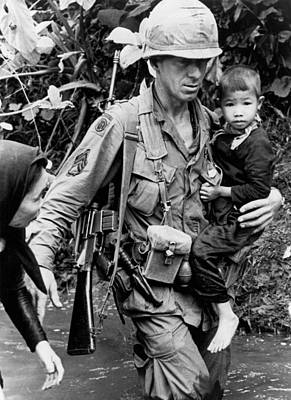 U.s Army Photograph - Soldier Carrying Boy by Underwood Archives