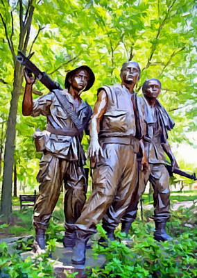 Photograph - Soldiers Statue At The Vietnam Wall by Bob Johnston