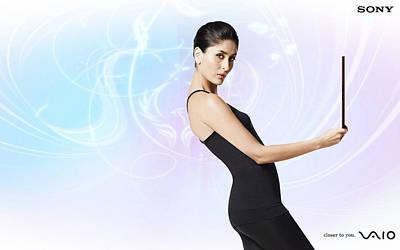 Kareena Kapoor Digital Art - Sony Vaio Kareena Kapoor by Emma Brown