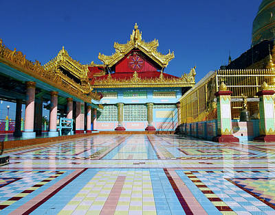 Photograph - Soon U Ponya Shin Pagoda by Kurt Van Wagner