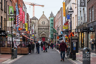 Photograph - South Anne Street In Dublin by Les Palenik