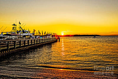 Photograph - South Beach Sunset by Paul Mashburn