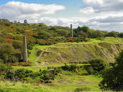 Jope Photograph - South Caradon Mine Ruins Bodmin Moor Cornwall by Richard Brookes