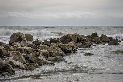 Photograph - South Carolina - Folly Beach - Crashing Waves On Rocks by Ron Pate