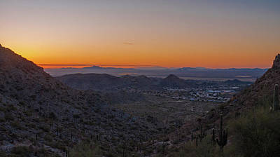 Photograph - South From South Mountain Sunrise by Kimo Fernandez