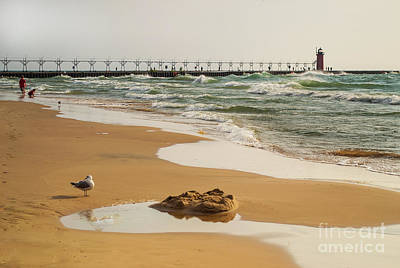 Photograph - South Haven Lighthouse by Amy Lucid