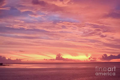 Photograph - South Pacific Ocean Sunset by Tom Wurl