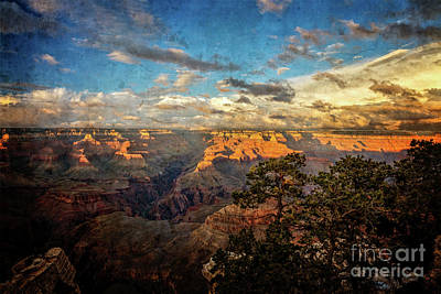 Photograph - South Rim Sunset Textured by Franz Zarda