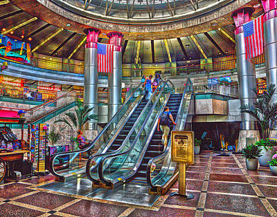 Photograph - South Station 180 by Jeff Stallard