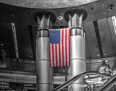 Photograph - South Station 181 by Jeff Stallard